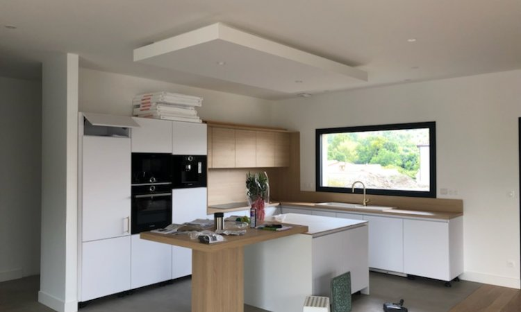 Rénovation d'une cuisine d'une maison à Riom dans le Puy De Dôme 63 proche de Clermont-Ferrand